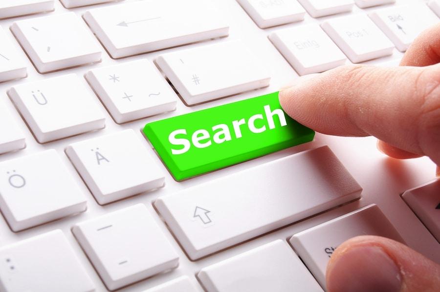 Persönlichkeitsrechtsverletzung - Unterlassungsanspruch gegen Suchmaschinenbetreiber auf Verlinkung im Internet