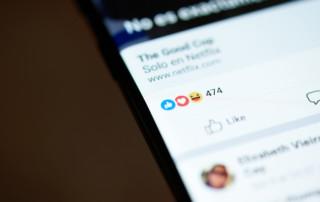 Facebook - Löschung von Beiträgen und Sperre des Nutzers - Unterlassungsanspruch