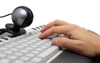 Urheberrechtsverletzung im Internet trotz Ortsabwesenheit?